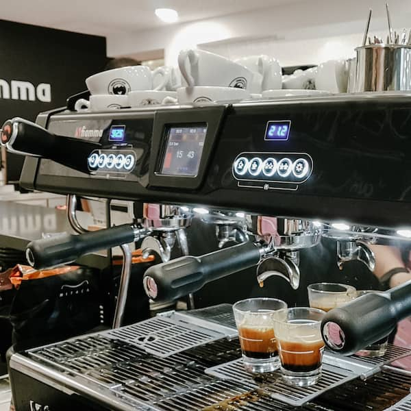 Compass Multiboiler na Fábrica do Barista