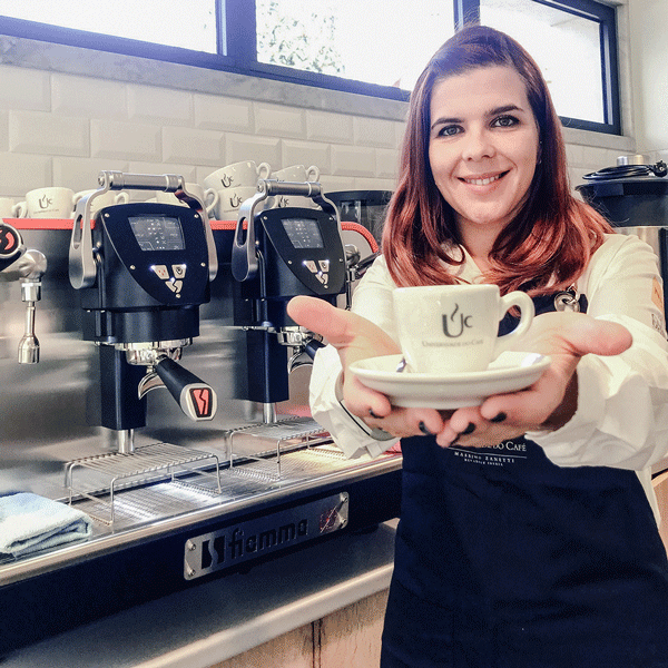 Women in Coffee: Sindy Mourita I Nicola Cafés
